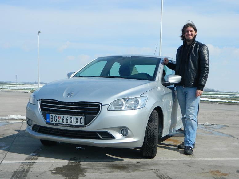 Ja i Peugeot 301 Foto Branka Todorovic