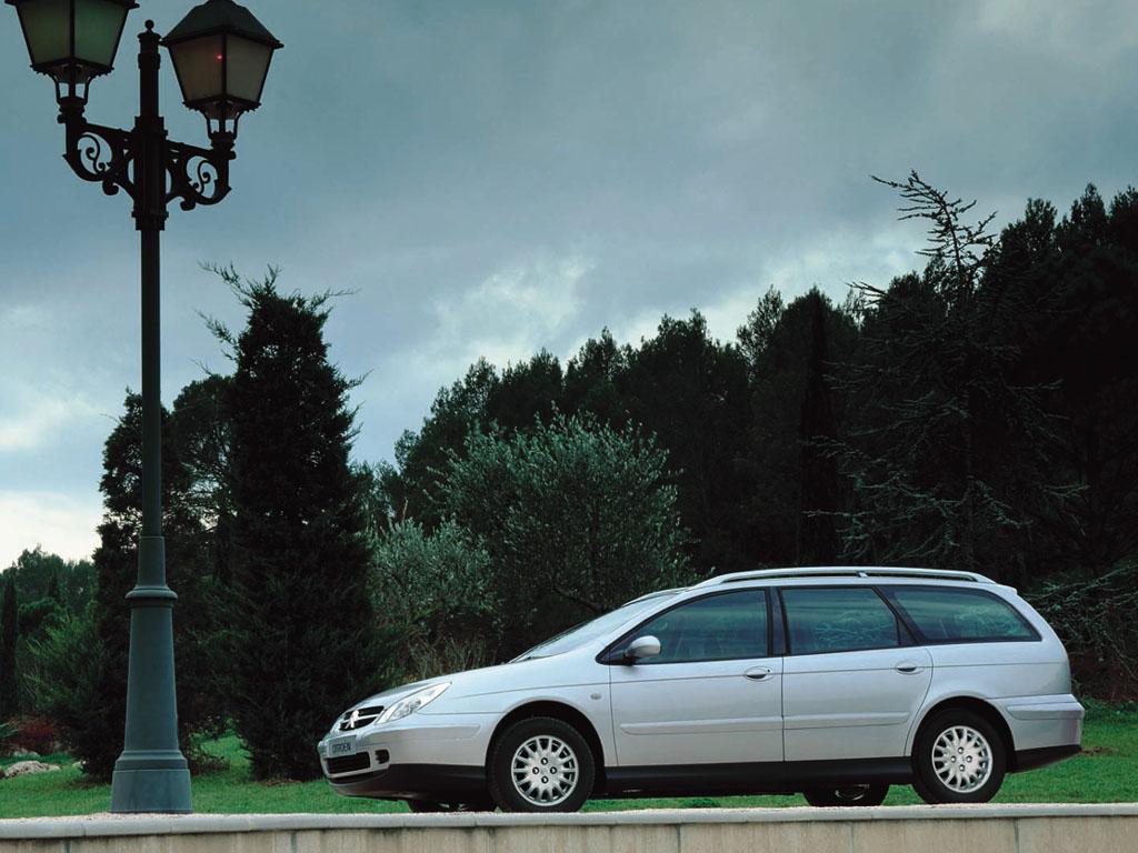 Delovi ford focus tddi tdci kompletan auto u delovima - Milo Koji Karavan Za 4 000 Evra