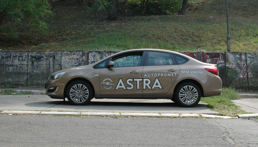 astra-j-dsc_1452